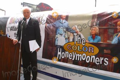 Jackie Gleason Photo - Tv Debut of the Color Honeymooners- Jackie Gleason Star - Hollywood Blvd Hollywood CA - 06172003 - Photo by Milan Ryba  Globe Photos Inc 2003 - Nick Clooney