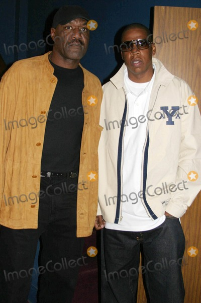 Andre Harrell Photo - Medal of Honor Rag Vip Reception For Heavy D Hosted by Jay Z  Andre Harrell Egyptian Arena Theatre Hollywood CA 06-27-2005 Photo ClintonhwallacephotomundoGlobe Photos Inc Jay Z and Delroy Lindo