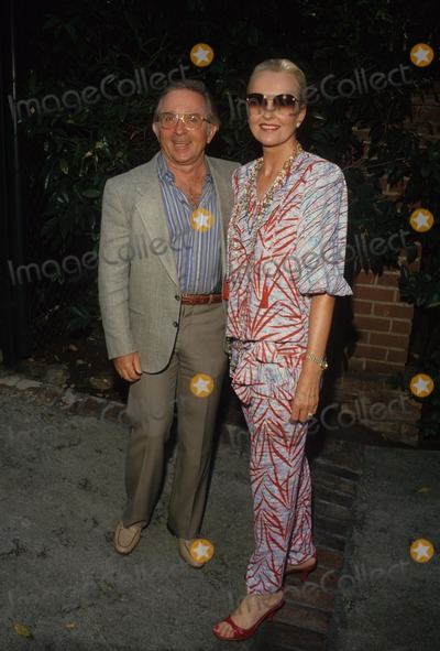 Arte Johnson Photo - Arte Johnson with Wife Gisela Supplied by Globe Photos Inc