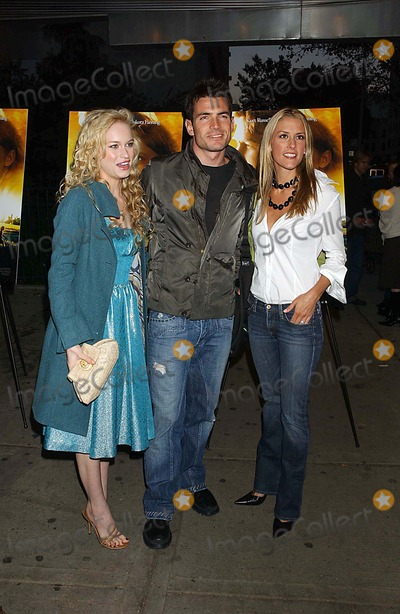 Aiden Turner Photo - Dreamer Premiere at Chelsea West New York City 10-17-2005 Photo Ken Babolcsay-ipol-Globe Photos Inc 2005 Leven Rambin Aiden Turner