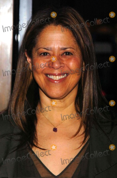 Anna  DEAVERE Smith Photo - Young Arts Performance and Awards at the Ziegfeld Theatre the Ziegfeld Theatre NYC Copyright 2007 John Krondes - Globe Photos Inc Anna Deavere Smith