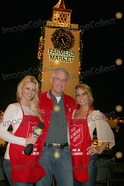 Aubrie Lemon Photo - Johnny Grant Honored at the Salvation Armys Annual Kettle Kick Off the Original Farmers Market Los Angeles CA 111907 Aubrie Lemon Fritz Coleman and Patricia Kara Photo Clinton H Wallace-photomundo-Globe Photos Inc