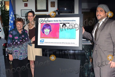 Abbe Land Photo - Helen Reddymayor Abbe Land Artist Nicolosi the Unveiling of a New United States Postage Stamp Featuring Helen Reddy on 19th August 2013 at West Hollywood City Hallwest Hollywood Causaphoto TleopoldGlobephotos