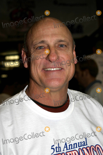 Art Howe Photo - 5th Annual John Franco Celebrity Bowl to Benefit Project Als at Chelsea Piers Bowl New York City 01222004 Photo by Barry TalesnickipolGlobe Photos Inc 2004 Art Howe