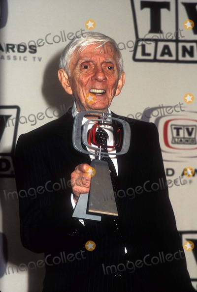 Aaron Spelling Photo - Aaron Spelling Tv Land Awards  Barker Hangar 03-13-205 Santa Monica  California Photo by Phil Roach-ipol-Globe Photos Inc
