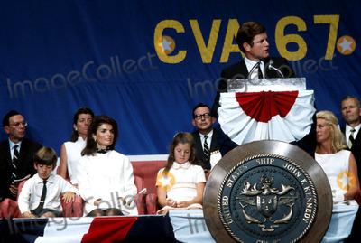 Jacqueline Kennedy Onassis Photo - Jacqueline Kennedy Onassis and Children Caroline and John F Kennedy Jr Photo by Globe Photos Inc Jacquelinekennedyonassisretro