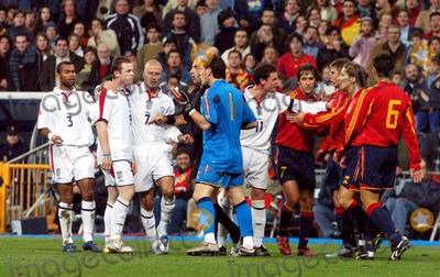 Ashley Cole Photo - David Beckham Wayne Rooney  Ashley Cole England V Spain Football -Bernebau Stadium Madrid Spain 11172004 Photo Bycesar CebollaglobelinkukGlobe Photos Inc 2004