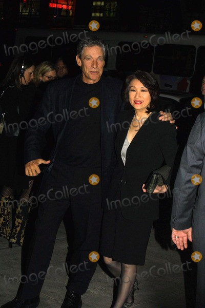 Maury Povich Photo -  12401 Screening of the Film Ali at the Sony Lincoln Square Theater in NYC Maury Povich with Connie Chung Photo by John BarrettGlobe Photos Inc