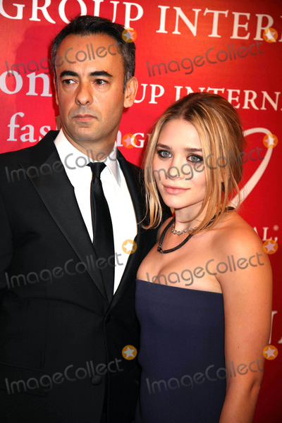 Alchemist Photo - The Fashion Group International Presents the 25th Annual Night of Stars Honoring the Alchemists Cipriani Wall St NYC October 23 08 Photos by Sonia Moskowitz Globe Photos Inc 2008 Francisco Costa and Ashley Olsen