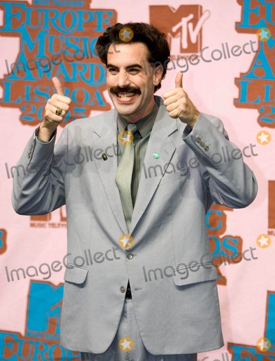 Ali G Photo - 2005 Mtv Europe Awards  Pressroom at Lisbons Atlantic Pavillion  Portugal 11-03-2005 Photo by Joost DE Raymaeker-cityfiles-Globe Photosinc Borat Sadgiyev (Ali G)
