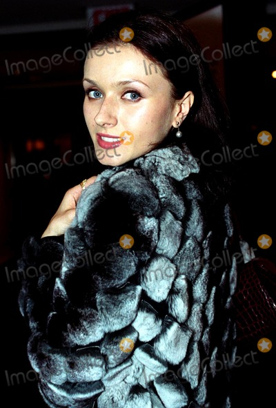 Irina Dvorovenko Photo - Supporting Early Breast Cancer Detection and the Healing Power of Music Commemorating the Life of Linda Mccartney Chrisities Rockefeller Center New Yokr City 10212003 Photo Byken RummentsGlobe Photos Inc 2003 Irina Dvorovenko