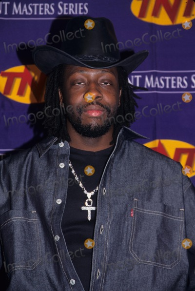 Johnny Cash Photo - Wyclef Jean Johnny Cash Tribute at Hammerstein Ballroom in New York 1999 K15253smo Photo by Sonia Moskowitz-Globe Photos Inc