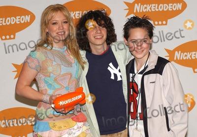 Adam Lamberg Photo - Nickelodeons 16th Annual Kids Choice Awards 2003- Press Rom Barker Hanger Santa Monica CA 04122003 Photo by Fitzroy Barrett  Globe Photos Inc 2003 Hilary Duff Adam Lamberg and Jake Thomas