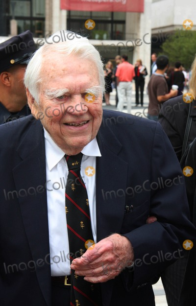 Andy Rooney Photo - Memorial Service For Walter Cronkite at Lincoln Center in New York City 09-09-2009 Photo by William Regan- Globe Photos Inc2009 Andy Rooney