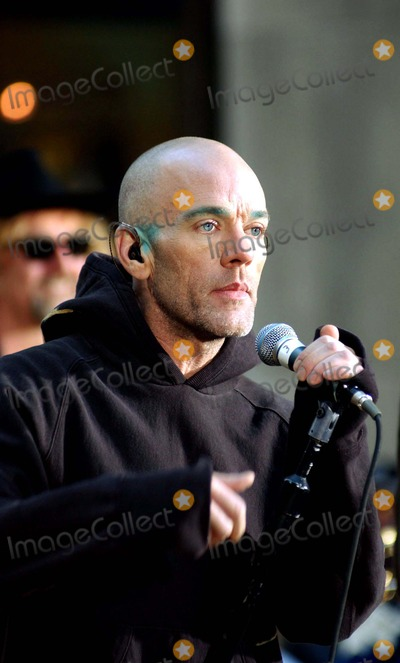 R E M Photo - Michael Stipe of Rem Performing on Nbcs Today Show Concert Series Rockefeller Plaza NBC Studios New York City 1032003 Photo Ken Babolcsay Globe Photos Inc 2003