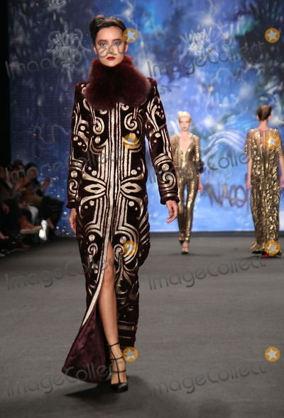 Naeem Khan Photo - Naeem Khan Fw 2015 Fashion Show Mercedes Benz Fashion Week Lincoln Center NYC February 17 2015 Photos by Sonia Moskowitz Globe Photos Inc