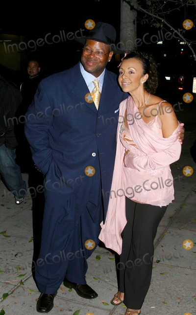 Jimmy Jam Photo - Celebs Out and About Jimmy Jam Arriving at Mr Chow Restaurant Mr Chow Restaurant Beverly Hills California 092004 Photo by Milan RybaGlobe Photos Inc 2004 Jimmy Jam and Wife Lisa Padilla