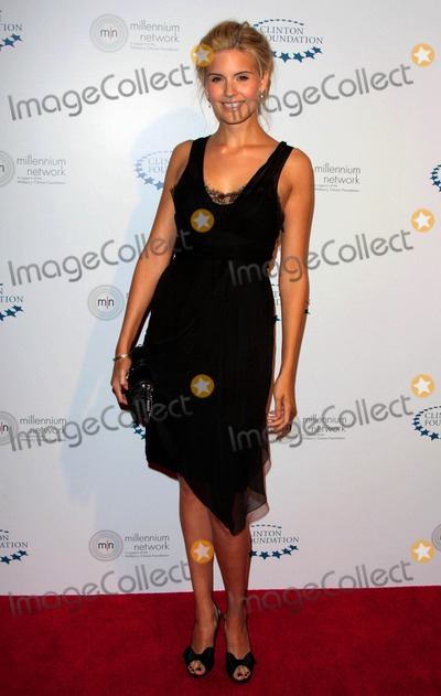 William J Clinton Photo - Maggie Grace attends the William J Clinton Foundation Millennium Network Event Held at the Roosevelt Hotel in Hollywood California on April 30 2009 Photo by David Longendyke-Globe Photos Inc 2009