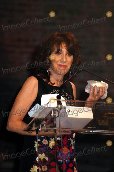 Andrea Martin Photo - The 64th Annual Theatre World Awards Helen Hayes Theater NYC June 10 08 Photos by Sonia Moskowitz Globe Photos Inc 2008 Andrea Martin