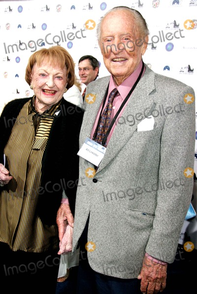 Art Linkletter Photo - Griffith Observatory Re-opening Galactic Gala the Griffith Observatory Los Angeles CA 10-29-2006 Art Linkletter Photo Clinton H Wallace-photomundo-Globe Photos Inc