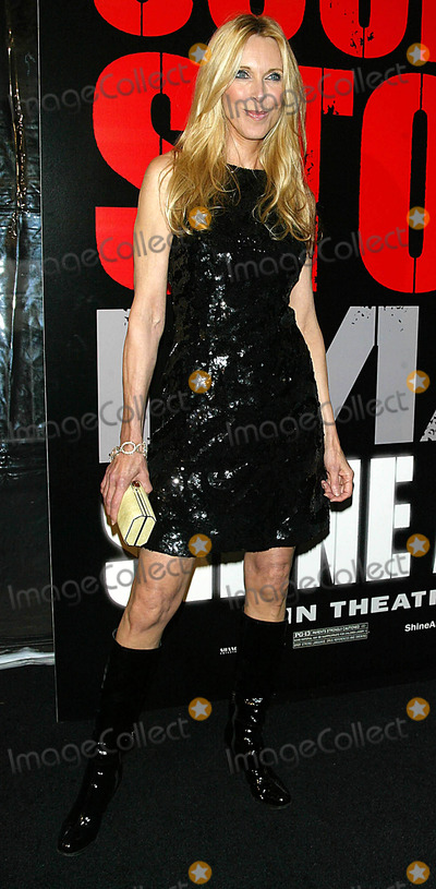 Alana Hamilton Photo - Alana Hamilton Arrives For the Premiere of Shine a Light at the Ziegfeld Theater in New York on March 30 2008 Photo by Terry GatanisGlobe Photos Inc