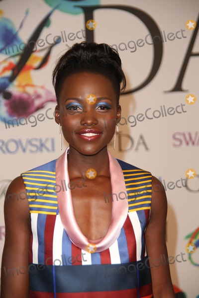 Lupita Nyongo Photo - The 2014 Cfda Fashion Awards in Collaboration with Swarovski Alice Tully Hall Lincoln Center NYC June 2 2014 Photos by Sonia Moskowitz Globe Photos Inc 2014 Lupita Nyongo