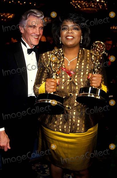 David Canary Photo - 19th Daytime Emmys 01261995 Oprah Winfrey and David Canary Photo by Ed GellerGlobe Photos Inc