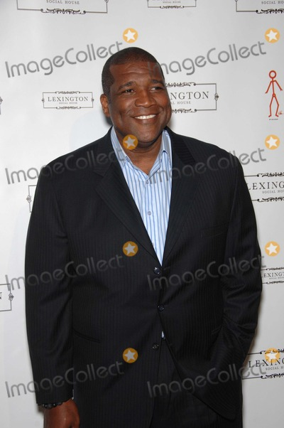 Curt Menefee Photo - Curt Menefee During the Grand Opening of the Lexington Social House on June 8 2011 in Los angelesphoto Michael Germana - Globe Photos Inc