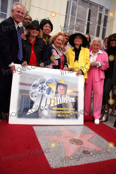 Johnny Grant Photo - I14749CHW  Congresswoman Diane Watsons Legislation Dedicates The Hollywood Station Post Office To Former Honorary Mayor Johnny Grant Hollywood Station Post Office Hollywood CA 05102010  TOM LABONGE ANGIE DICKINSON CONGRESSWOMAN DIANE WATSON CAROL CONNORS ANNE JEFFREYS AND ANN RUTHERFORD Photo Clinton H Wallace-Photomundo-Globe Photos Inc 2010
