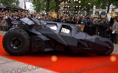 Batmobile Batman Photo - Batmobile Batman Begins European Premiere-odeon Leicester Square London Uk 6-12-2005 Photo Bygary Barnet-globelinkuk-Globe Photos Inc 2005