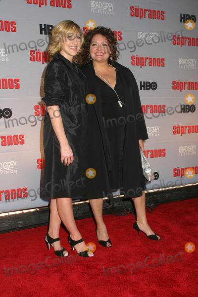 Aida Turturro Photo - Edie Falco and Aida Turturro Screening of the First Two Episodes of the Final Season of the Sopranos Radio City Music Hall  New York City 03-27-2007 Photo by Paul Schmulbach-Globe Photos Inc