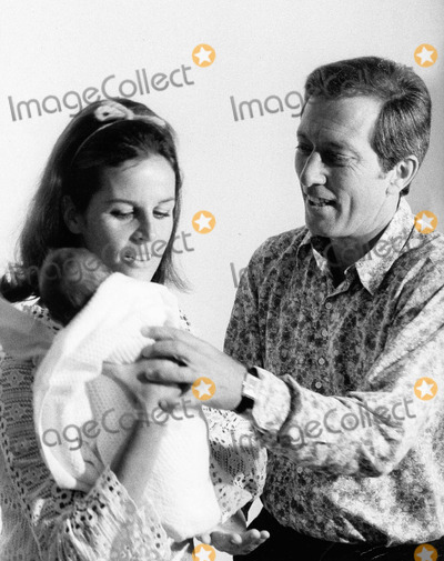 Andy Williams Photo - Andy Williams with Wife Claudine Longet and Son Supplied by Globe Photos Inc