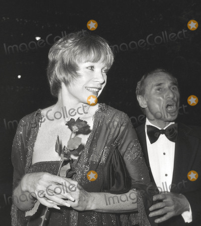 Arthur Laurents Photo - Shirley Maclainearthur Laurents Academy Awards 1978 Photo Nate CutlerGlobe Photos Inc