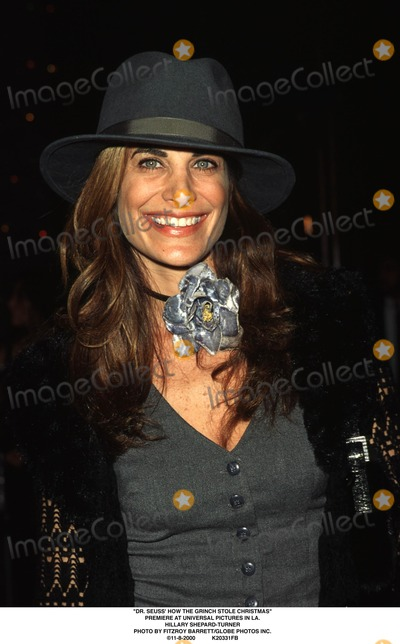 The Grinch Photo - Dr Seuss How the Grinch Stole Christmas Premiere at Universal Pictures in LA Hillary Shepard-turner Photo by Fitzroy BarrettGlobe Photos Inc 11-8-2000