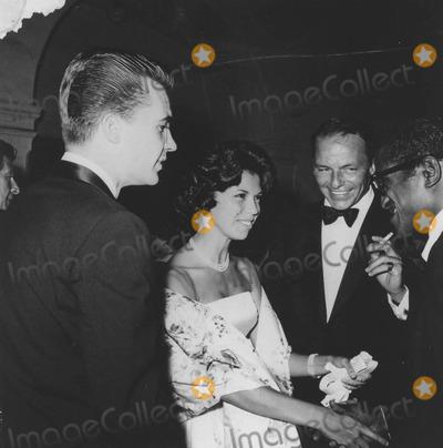 Nancy Sinatra Photo - Nancy Sinatra with Father Frank Sinatra and Sammy Davis jrsupplied by Globe Photos Inc