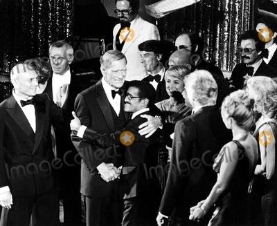 Yul Brynner Photo - Yul Brynner Johnny Carson John Wayne Sammy Davis Jr and Shirley Jones IpolGlobe Photos Inc Johnwayneobit