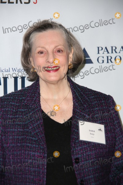 Dana Ivey Photo - City Meals-0n-wheels 28th Annual Power Lunch For Women the Plaza Hotel NYC November 21 2014 Photos by Sonia Moskowitz Globe Photos Inc 2014 Dana Ivey