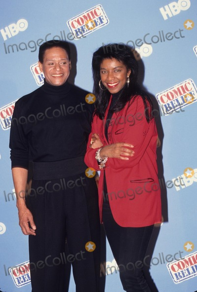 Al Jarreau Photo - AL Jarreau with Natalie Cole the Comic Relief 1990 K15382kj Photo by Kelly Jordan-Globe Photos Inc