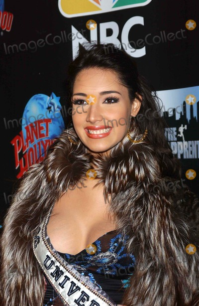 Amelia Vega Photo - the Apprentice Takes Over the Planet Donald Trump and Former Contestants to Attend Viewing Party at Planet Hollywood in New York City 01292004 Photo Ken Babolcsay Ipol Globe Photos Inc 2004 Amelia Vega