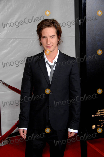 Andrew James Allen Photo - Andrew James Allen During the Premiere of the New Movie From Paramount Pictures the Lovely Bones Held at Graumans Chinese Theatre on December 7 2009 in Los Angeles Photo Michael Germana - Globe Photos Inc 2009