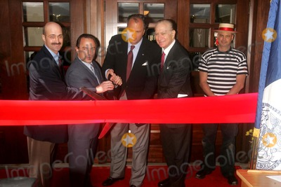 Adrian Benepe Photo - K52885RMRIBBON-CUTTING CEREMONY TO CELEBRATE THE RE-OPENING OF THE CENTRAL PARK BOATHOUSE CAFE AFTER 8 MILLION DOLLARS IN RENOVATIONS TO THE BOATHOUSE COMPLEXCENTRAL PARK NEW YORK CITY 04-24-2007PHOTO BY RICK MACKLER-RANGEEFINDER-GLOBE PHOTOS INC  2007 ADRIAN BENEPE (NYC PARKS COMMISSIONER) AND DEAN POLL