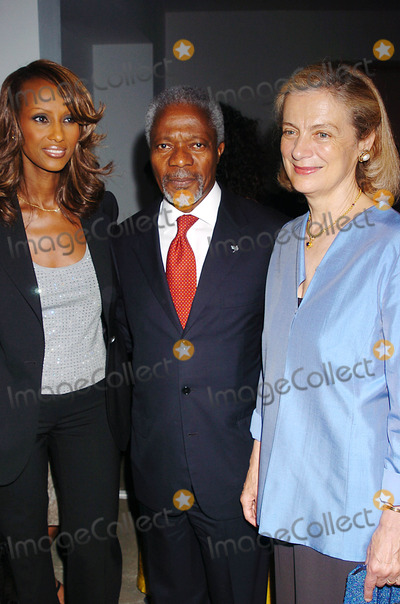 Nane Annan Photo - Doctors of the World Holds Their Annual  Health and Human Rights  Awards Dinner at the Skylight in New York City 6-16-2005 Photo Byjohn Krondes-Globe Photos Inc 2005 Iman and General Kofi Annan with Wife Nane Annan