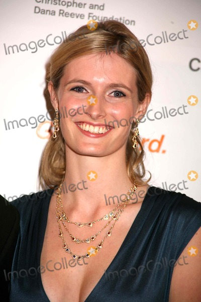 Alexandra Reeve Photo - The Christopher and Dana Reeve Foundation-a Magical Evening the Marriott Marquis NYC November 12 07 Photos by Sonia Moskowitz Globe Photos Inc 2007 K55558smo Alexandra Reeve (Christopher Daughter)