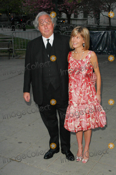 Anna Carter Photo - Annual Tribeca Film Festival-vanity Fair Party at the State Supreme Courthouse-nyc State Supreme Courthouse-new York City 04-22-2008 Graydon Carter and Anna Carter Photo by John B Zissel-ipol-Globe Photos Inc2008