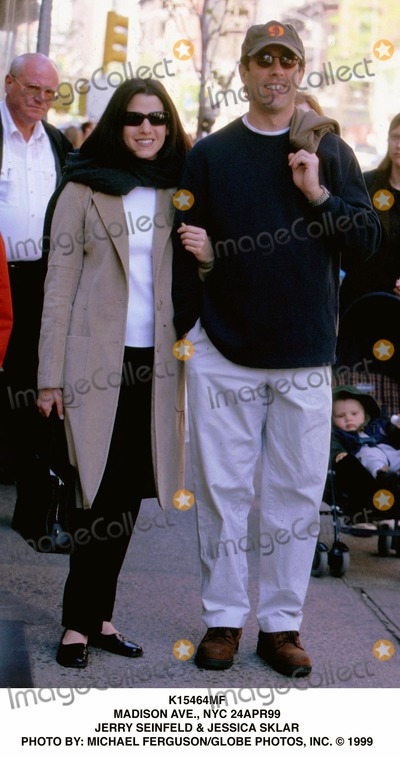 Jerry Seinfeld Photo - Madison Ave NYC 24apr99 Jerry Seinfeld  Jessica Sklar Photo by Michael FergusonGlobe Photos Inc