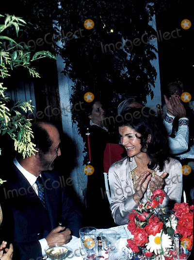 Jackie Onassis Photo - Jacqueline Kennedy Onassis Photoradial Press  Ipol  Globe Photos Inc 1973 Jacquelinekenndeyonassisretro