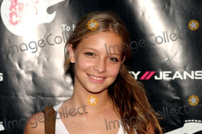 Annabelle Dexter Jones Photo - 25 September 2003 - New York - Annabel Dexter Jones attends DKNYJeans presents Rock The Cure a benefit concert for Juvenile Diabetes Research Foundation Organized by high school seniors Jennifer Ross and Selena Kalvaria at The Supper Club  Digital Image  PHOTO CREDIT  Anthony G MooreGLOBE PHOTOSK33097AM