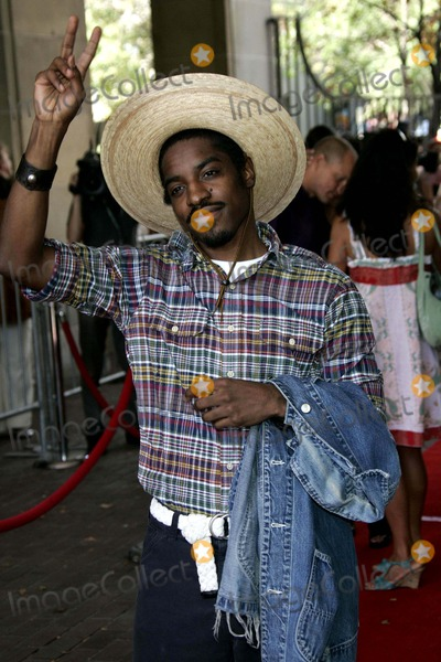 Andre Benjamin Photo - Andre Benjamin Aka Andre 3000 at the Premiere of the Film Battle in Seattle at the Toronto International Film Festival in Toronto Canada at Ryerson Theatre on September 8th 2007 Photo by Alec Michael-Globe Photosinc
