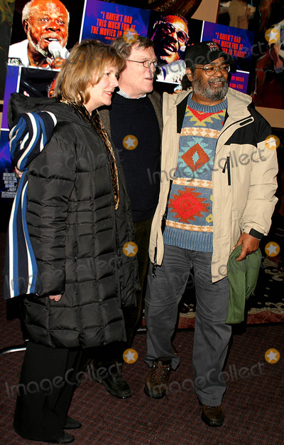 Chris Hegedus Photo - Rosie Odonnell and Cyndi Lauper Host a Dvd Release Party For Only the Strong Survive at the Cutting Room in New York City 1282004 Photo Byrick MacklerrangefindersGlobe Photos Inc 2004 Chris Hegedus Da Pennebaker and Marvell Thomas