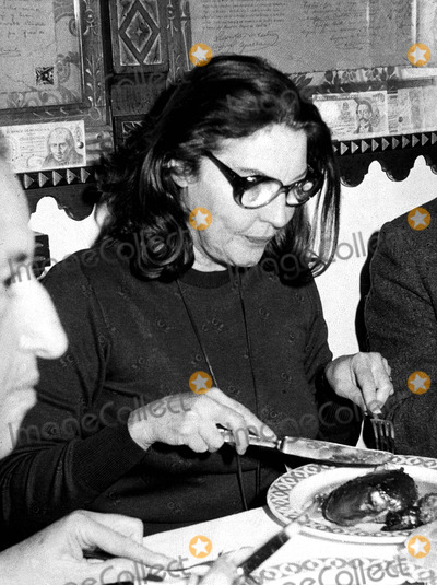 Ava Gardner Photo - AFTER A LONG-YEAR ABSENCE AVA GARDNER HAS RETURNED TO SPAIN FOR A SHORT HOLIDAY  ONE OF THE FIRST THINGS SHE DID WAS VISIT SEGOVIA (CASTILLA) WHERE SHE HAD DINNER IN THE CANDIDO RESTAURANT FAMOUS FOR ITS EXCELLENT COCHINILLO (PIGLET)SUPPLIED BY GLOBE PHOTOS INC